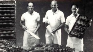 4c587770-e381-11e4-9a65-83fe19549761_HT_holocaust_survivor_bakery_three_bros_ori